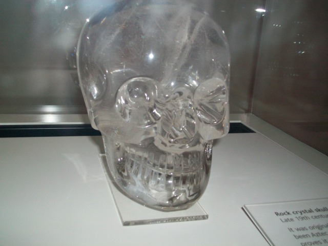 Everybody likes a good crystal skull story